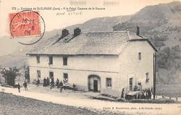 Environs De SAINT CLAUDE - A LA PALUT - Caserne De La Douane - Très Bon état - Sonstige Gemeinden