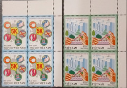 Blocks 4 Of Vietnam Viet Nam MNH Perf Stamps 2021 : LIVING SAFELY WITH COVID-19 PANDEMIC / VACCINATION - Vietnam
