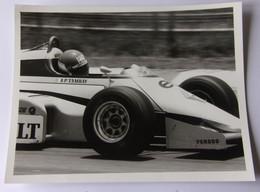 Patrick TAMBAY - Renault - Elf - 1984 - Autorennen - F1