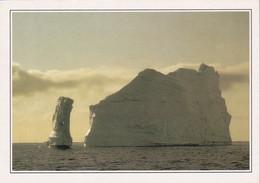A4689- Iceberg Dans La Baie, Inceberg In The Bay, Disko Groenland - Greenland