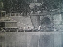 CPA 1920 - VICHY Au Pont De Berllerive - Canotage Lyonnais - Location De Canoes De Luxe - Emile VAUDRAY Constructeur - Vichy