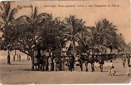 ANGOLA - MOSSAMEDES - Governador Geral Passando Revista A Uma Companhia De Guerra - Angola