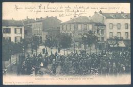 42 CHAZELLES Sur LYON Place De La Poterne Un Jour De Fete - Ohne Zuordnung