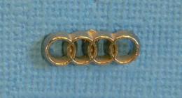1 PIN'S //  ** LOGO DE CALANDRE / AUDI ** - Audi