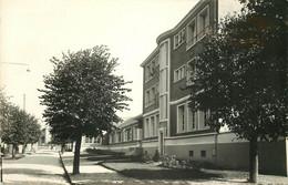 Photo Cpsm 95 VILLIERS-LE-BEL. Ecole Des Filles - Villiers Le Bel