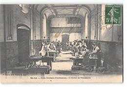 CPA 50 Saint Lo Ecole Normale D'instituteurs - L'atelier De Menuiserie - Saint Lo