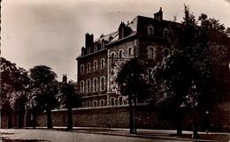 DIJON    ( COTE D '  OR )     RUE PAUL CABET - Dijon