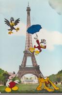 C.P. - PHOTO - WALT DISNEY PRODUCTIONS - PARIS - TOUR EIFFEL - 9 - POINTELET - DONALD - MICHEY - PLUTO - Altri