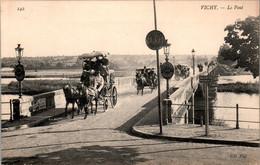 Vichy Le Pont Attelage Cheval Coupling Horse Allier N° 242 En TB.Etat - Vichy