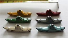 LOT 6 FIGURINES / PIONS - NAVIRES En Métal - Soldados De Plomo