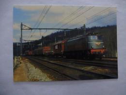 CHAMARANDE (91) : Loco 2D2 5406 En Tête D'un Train De Marchandises - Ligne PARIS-AUSTERLITZ à ORLEANS  En 1978 - Trains