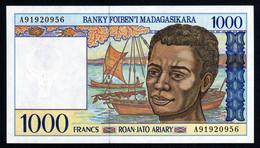 Madagascar 1998 1000 Francs UNC Neuf  Parfait Pêcheurs - Madagascar