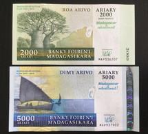 MADAGASCAR SET 2000 5000 ARIARY BANKNOTES 2007-2008 UNC Commemorative - Madagascar