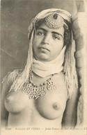 ALGERIE SCENES ET TYPES JEUNE FEMME DU SUD ALGERIEN FEMME SEINS NUS - Escenas & Tipos