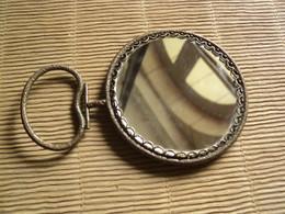 Ancien Petit Miroir Face à Main Métal Bronze Laiton Verre Biseautée - Non Classificati