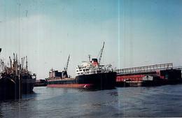"""Photo Bateau """" Lens  """" C.G.A.M 1959 La Seyne """"Junin """" Pérou 1971 """" Free Lancer """" Chypre - Boats"""