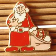 Joli Pin's Père Noël, Zamac, TBQ, Pins Pin. - Natale