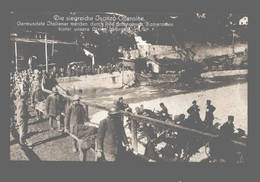 Slovenia - Die Siegreiche Isonzo-Offensive - Verwundete Italiener Werden Durch Ihre Gefangenen Kameraden ... - Guerra 1914-18