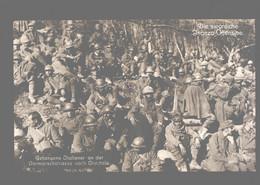 Slovenia - Die Siegreiche Isonzo-Offensive - Gefangene Italiener An Der Vormarschstrasse Nach Cividale - Photo Card - Guerra 1914-18