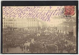 59251 . LILLE . LES HALLES LE MATIN . ANNEE  1904 - Lille