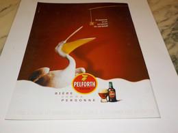 PUBLICITE SOUPCON DE CARAMEL  PELFORTH  2003 - Alcools