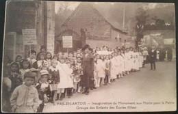 Carte Postale Pas En Artois Inauguration Du Monument Aux Morts Pour La Patrie Groupe D'enfants Des écoles (filles) 1926 - Andere Gemeenten