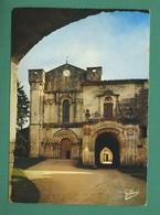 16 Bassac Façade De L' église Saint Etienne Et Entrée Des Cloitres ( Coquille, Schell ) - Other Municipalities
