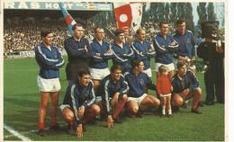 Waregem ( Nom Des Joueurs Au Verso - Soccer
