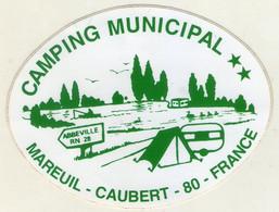 AUTOCOLLANT . STICKER . CAMPING  MUNICIPAL . MAREUIL- CAUBERT . 80 . SOMME . FRANCE . ABBEVILLE RN 28 . CARAVANE . TENTE - Stickers