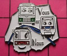 313A Pin's Pins / Beau Et Rare / THEME : TRANPORTS / RATP AUTOBUS METRO TRAM PARIS VOUS ER (sic !)  NOUS - Mitsubishi