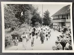 Allmendingen (Thun)1956/ 70. Jahre Musik/ Umzug/ Spezereihandlung - BE Berne