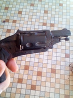 Petit Revolver 320 Vendu Pour Restaure Vente Libre Catégorie D - Armi Da Collezione