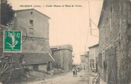 H0205 - PELUSSIN - D42 - Vieille Maison Et Place De Virieu - Pelussin