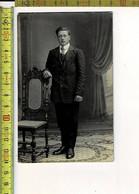 1720- PHOTO HOMME - FOTO MAN - PHOTOGRAPHIE : R. DERYCKERE GULLEGHEM - Persone Anonimi