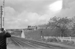 Sucrerie De Nangis. Locomotive 031 T Sur Le Pont De La Ligne Paris - Mulhouse. Cliché Jacques Bazin. 19-11-1960 - Trains