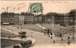 4SA 414. Lille - La Place De La Republique - Lille