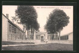 CPA Beaune-la-Rolande, École De Garcons - Beaune-la-Rolande
