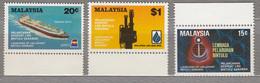 MALAYSIA 1983 Industry Ship Oil MNH(**) Mi 251-253 #27551 - Malaysia (1964-...)