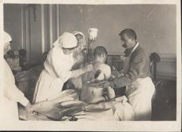 Guerre 14 18 Hôpital Auxiliaire N°30 Trouville Sur Mer Calvados Ds Casino Plaie Dos Nettoyage Infirmière Colette Cardon - War, Military