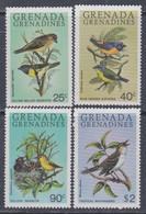 Grenadines N° 342 / 45 XX  : Faune : Oiseaux, Les 4valeurs  Sans Charnière, TB - America (Other)