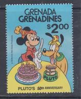 Grenadines N° 378  XX  : 50è Anniversaire De La Naissance De Pluto,  Personnage Walt Disney,  Sans Charnière, TB - America (Other)