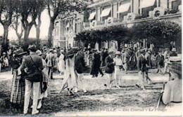 DEAUVILLE  LES COURSES LE PESAGE - Deauville