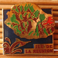 Joli Pin's La Réunion, émail Grand Feu, TBQ, Pins Pin. - Città