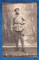 CPA Photo - Portrait D'un Poilu Du 19e Régiment D' Artillerie - Voir Zoom - Couvre Casque Uniforme Ceinturon WW1 - War 1914-18