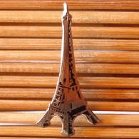 Joli Pin's Paris, émail Grand Feu, TBQ, Pins Pin. - Città