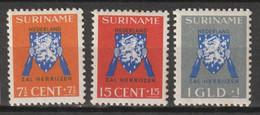 Suriname 1941 Vrij Nederland NVPH 197-199 Ongestempeld/MH/* - Surinam ... - 1975