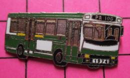 113d Pin's Pins / Beau Et Rare / THEME : TRANSPORTS / AUTOBUS URBAIN PARIS 1974 Par COINDEROUX CORNER - Transportation