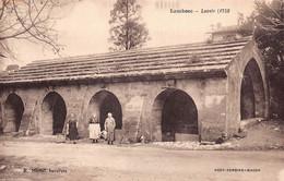 13- BOUCHES DU RHONE - LAMBESC - Lavoir - (10036 ) Voir Scans Recto Verso - Lambesc