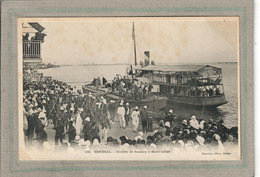 CPA - SAINT-LOUIS (Sénégal) - Aspect De L'arrivée De Samory Par Bateau Au Ponton De St-Louis En 1900 - Senegal