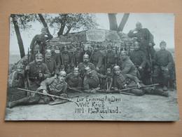CARTE PHOTO REGIMENT ALLEMAND COLMAR - RUSSLAND - CASQUES A POINTES - Guerra 1914-18
